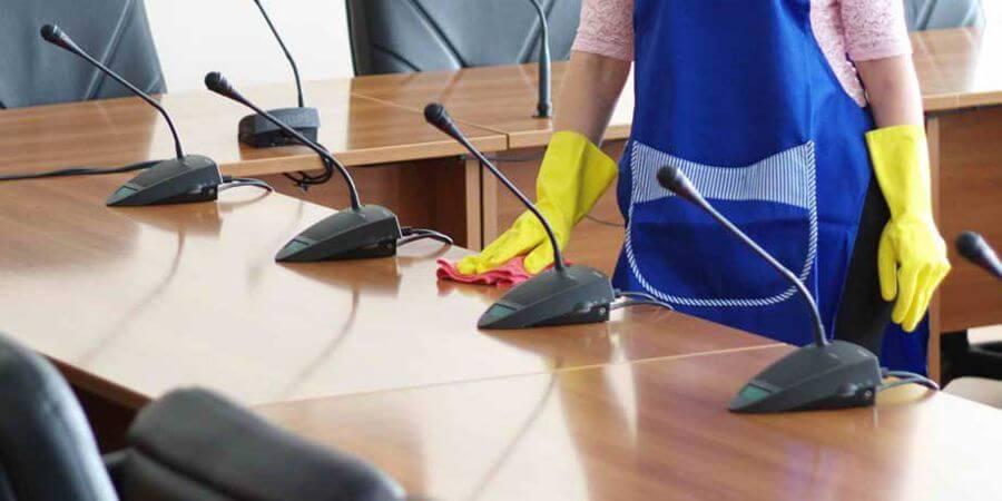 Upratovanie kancelárií, skladov, garáží v okresoch Žilina, Bytča, Považská Bystrica a blízkom okolí